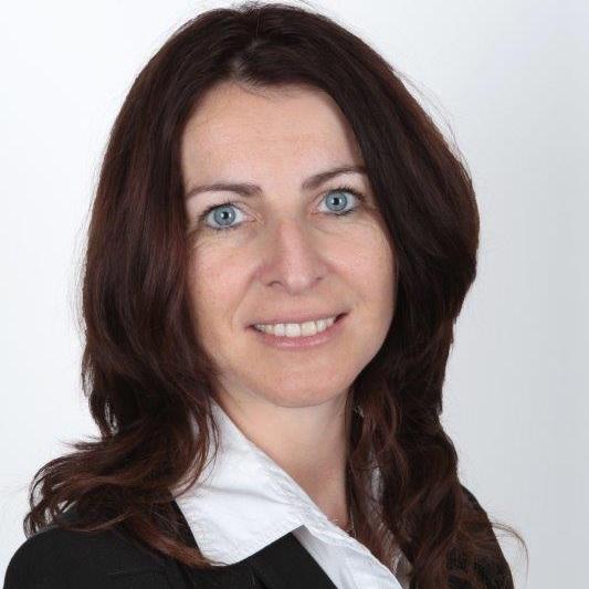 Fillialleiterin Isabel Rost - Bildrechte Commerzbank Jena
