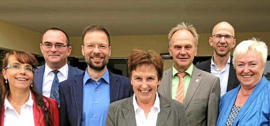 Katrin Höckrich, Uwe Feige, Thomas Nitzsche, Ingrid Helmke, Andreas Heller, Wilfried Röpke und Silvia Voigt. - Foto © Stadt Jena Philler