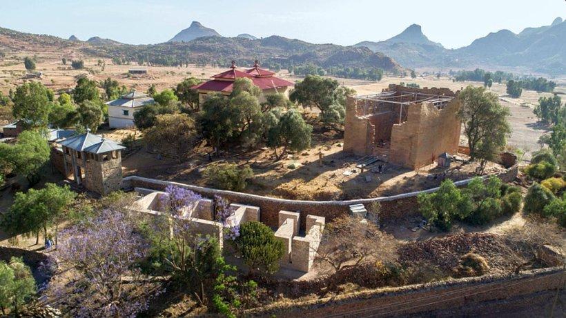 Tempelanlage aus dem 7. Jahrhundert v. Chr. in Yeha im Norden Äthiopiens. - Foto DAI Klaus Mechelke
