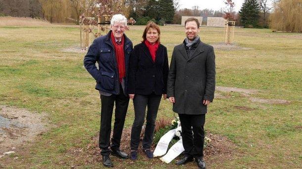 Volker Blumentritt, OB Pia Findeiß und OB Dr. Thomas Nitzsche. - Bildquelle Stadt Jena