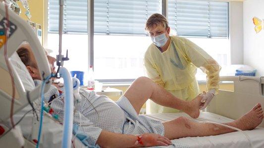 Momentan ist das Institut für Physiotherapie verstärkt telefonisch für Patienten in einer ambulanten Trainingstherapie da. - Foto UKJ Schroll