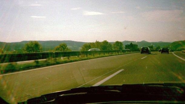 17 TAGE EUROPA - Auf der Autobahn