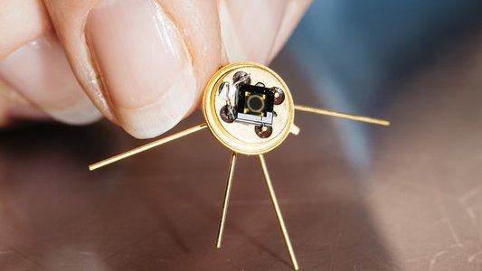 Thermosensor aus dem Leibniz-Institut für Photonische Technologien in Jena. - Foto Sven Döring Leibniz-IPHT