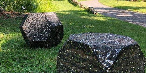 Wulf Kirschners Stahlskulpturen im Botanischen Garten. - Foto FSU Marco Körner