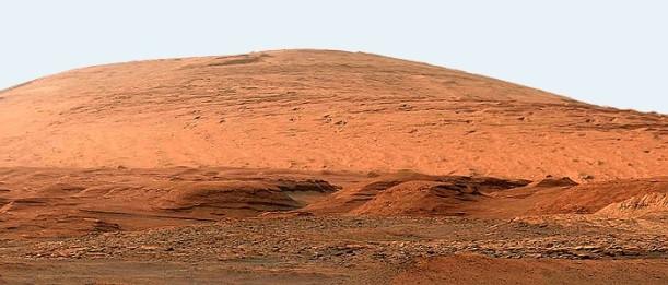 Der Kraterberg Aeolis Mons Mont Sharp im Gale-Krater auf dem Mars - Foto NASA JPL-Caltech MSSS